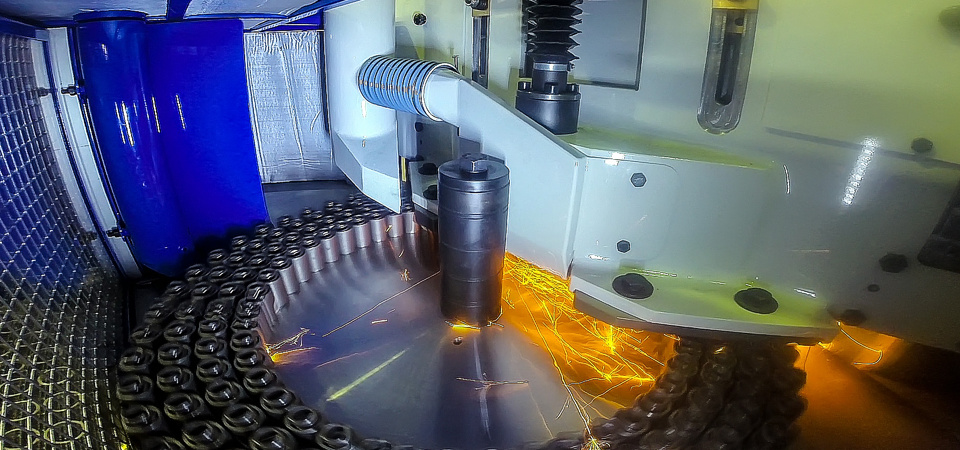 Maschinen fuer die Produktion und Bearbeitung von Federn
